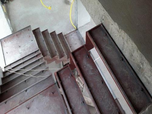 Escada em Ferro