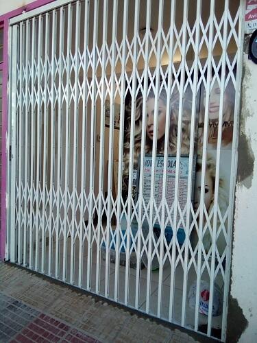 Portão Basculante de Ferro